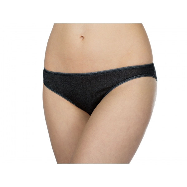 Woman Slip Black